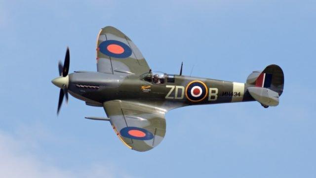Replica Spitfire On Show 2016